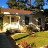 Historic Cottage in Downtown Palo Alto with backyard retreat!