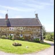 EQUESTRIAN: Idyllic recently renovated 400 year old farmhouse in Rutland UK