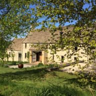 House sitter and Dog Lover needed to look after a wonderful Cotswold House