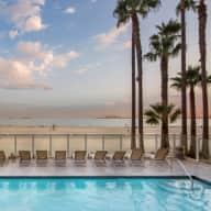 Jen and Kiel's Long Beach 1-Bedroom on the Ocean
