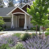 House/Pet Sitter for our Chocolate Lab and lovely home in the Sierra Nevada foothills