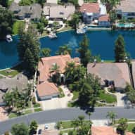 California....Centrally Located to Yosemite, Kings Canyon, Sequoia and More!