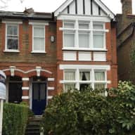 Herne Hill, London (SE24) - House & dog sitting (small Cockapoo)