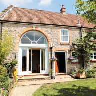 Lovely South-West cottage, by fields, with two good natured collies