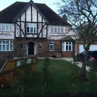 House sit in Pyford, Surrey with pets and hot tub!