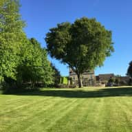 Dog & House sitter in beautiful Cotswold Countryside