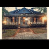 Historic house in hip Avondale neighborhood & 2 sweet fur babies need watching & loving