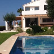 Christmas in Ibiza - Pet and house sitter/s for lovely home with one energetic and friendly dog