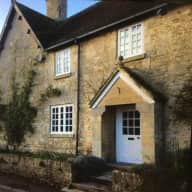 5 Bedroom house in Somerset with Chips the terrier to look after.