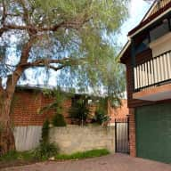 House & Dog Sitter 5 minutes from Perth CBD