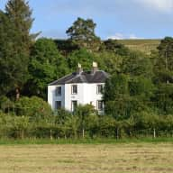 Scottish Borders Farmhouse situated along the river in the dramatic Ettrick Valley only 1h30mins from Edinburgh. One month stay from 14th January until 14th February 2019