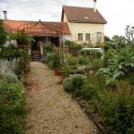 Pet sitters/Housesitters required 29 June 2018 - 5 July 2018, Lot department, SW France.