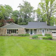 Updated Pennsylvania farmhouse with adorable pets & swimming pool!