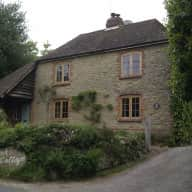 Pretty cottage bordering South Downs National Park