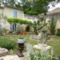 stay in a mas in north provence for a couple with a car,loving countryside,sun and cats