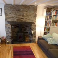 Looking for cat sitter to stay in our mid terrace cottage at the foothills of Snowdon