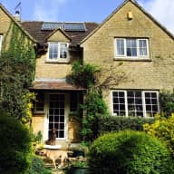 Pet and house sitting in the beautiful Cotswolds