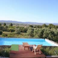 Spain Mora De Ebre, house and pet sitter wanted.