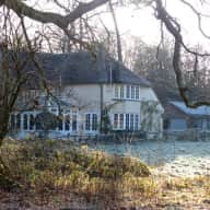 Dog Sitter for beautiful house in West Sussex.