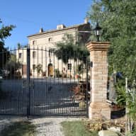 48 hours house sitting Central Italy