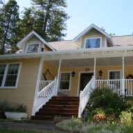 Large country home with Dog, Cats and Horses near Yosemite National Park
