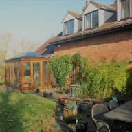 Cat lovers who garden?! Comfortable barn conversion with two cute cats near the Malvern Hills