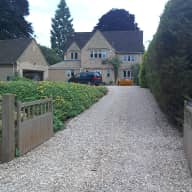 Beautiful Cotswold home in quiet village surrounded by countryside taking care of our dog