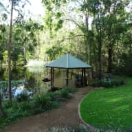 Peaceful retreat in the Australian Bush and only 20 minutes from the centre of Brisbane