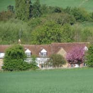 Dog-minder for country cottage in village location, 4 miles from Oxford