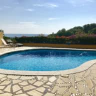 Villa with garden, pool, sea view and DOGGIES! close to Barcelona