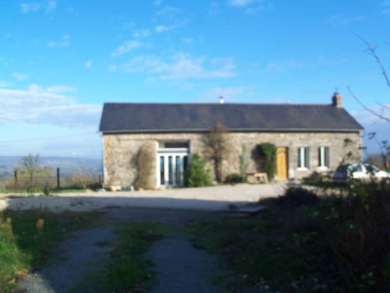 Housesitting assignment in Mayenne, France