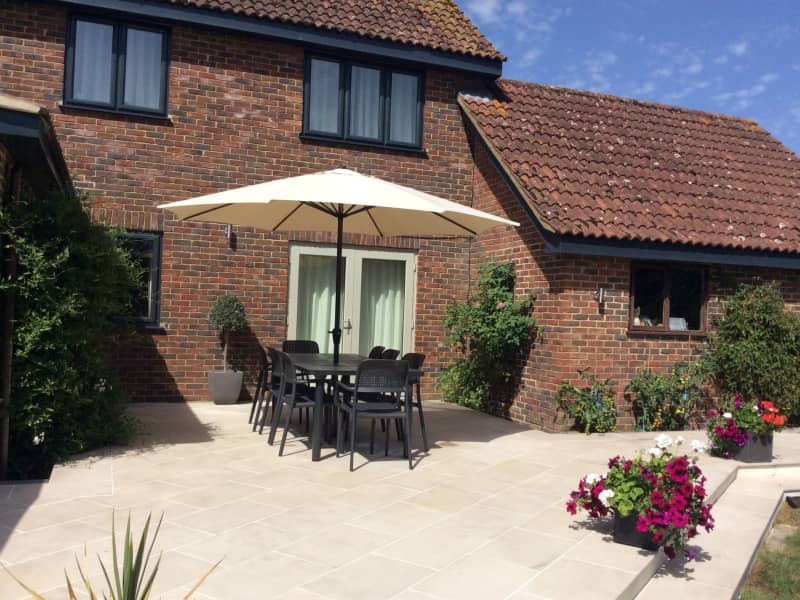 Housesitting assignment in Overton, United Kingdom