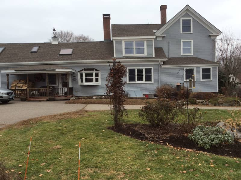 Housesitting assignment in Newington, New Hampshire, United States