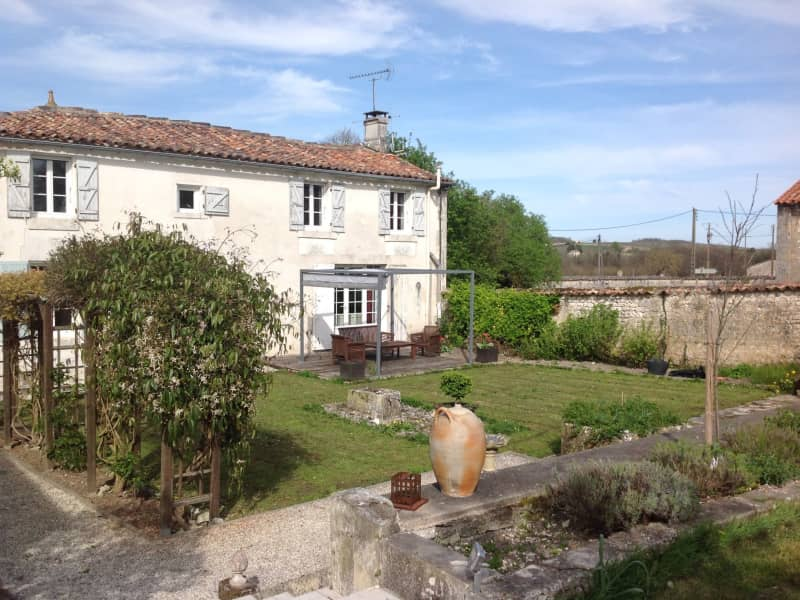Housesitting assignment in Segonzac, France