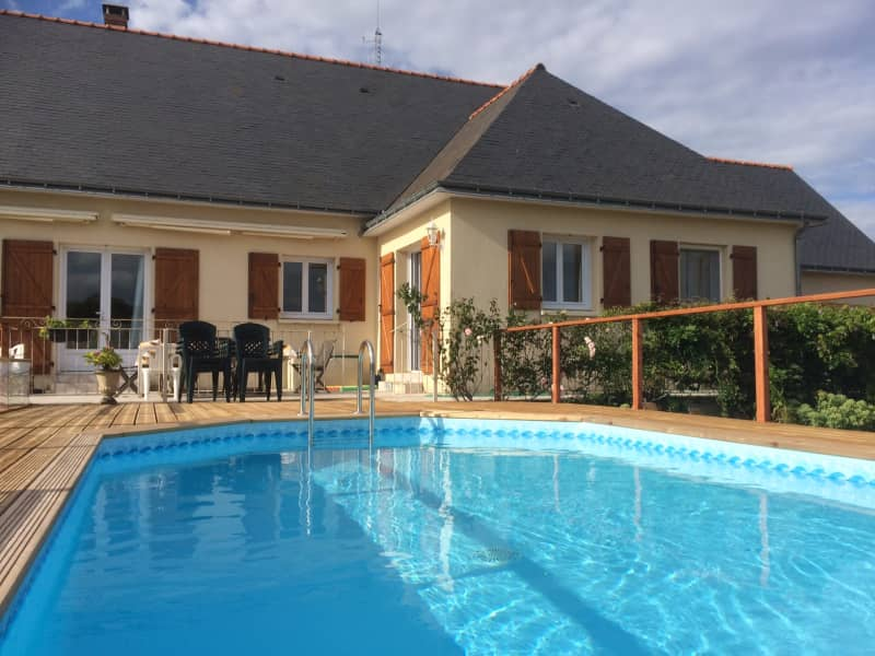 Housesitting assignment in Noyant, France
