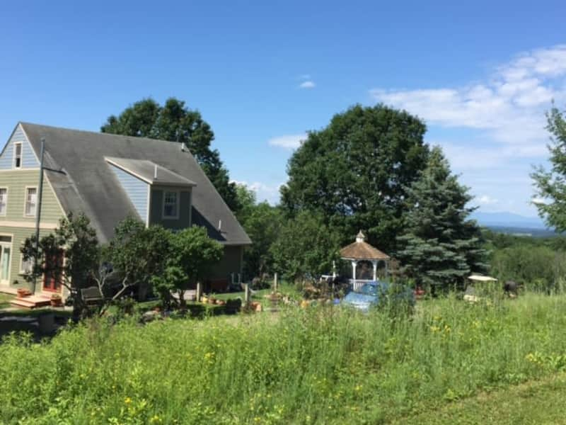 Housesitting assignment in Chatham, New York, United States