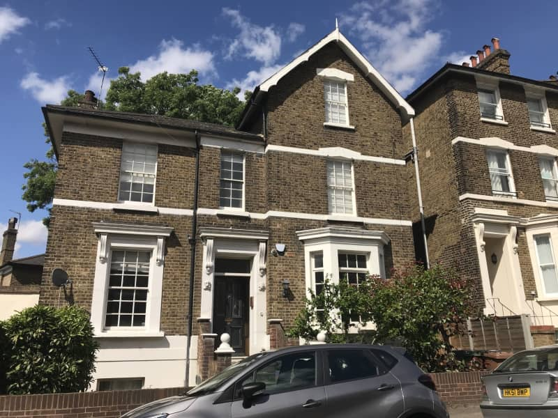 Housesitting assignment in Lewisham, United Kingdom