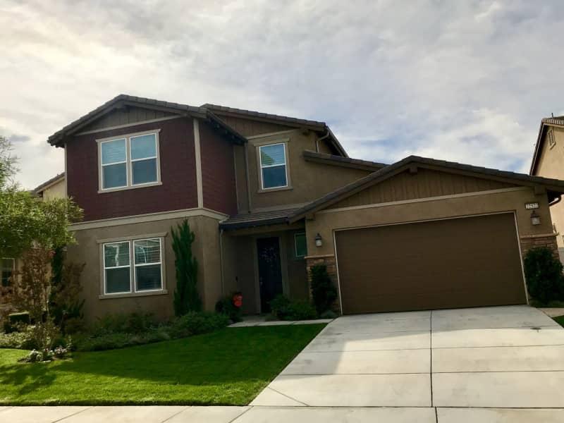 Housesitting assignment in Santa Clarita, California, United States