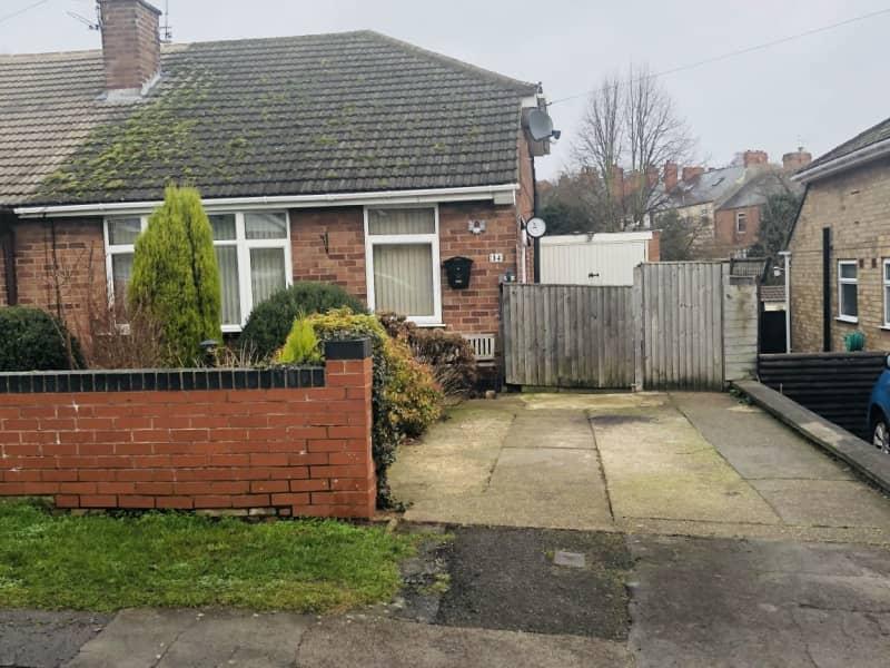 Housesitting assignment in Hucknall, United Kingdom