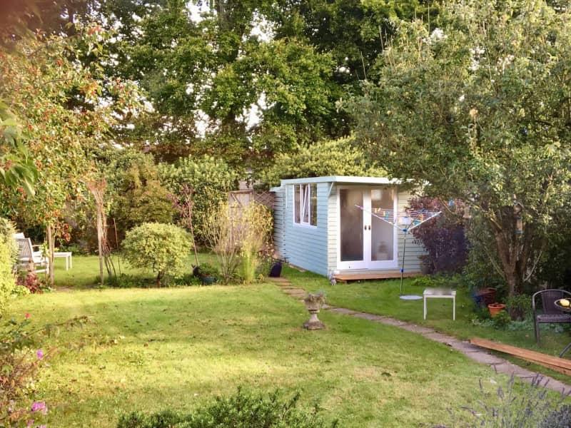 Housesitting assignment in Chippenham, United Kingdom