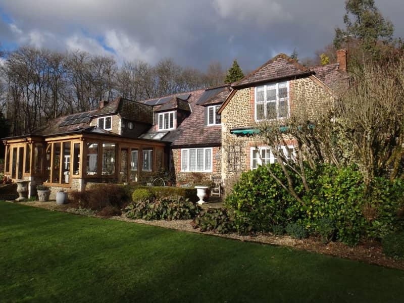 Housesitting assignment in Farnham, United Kingdom