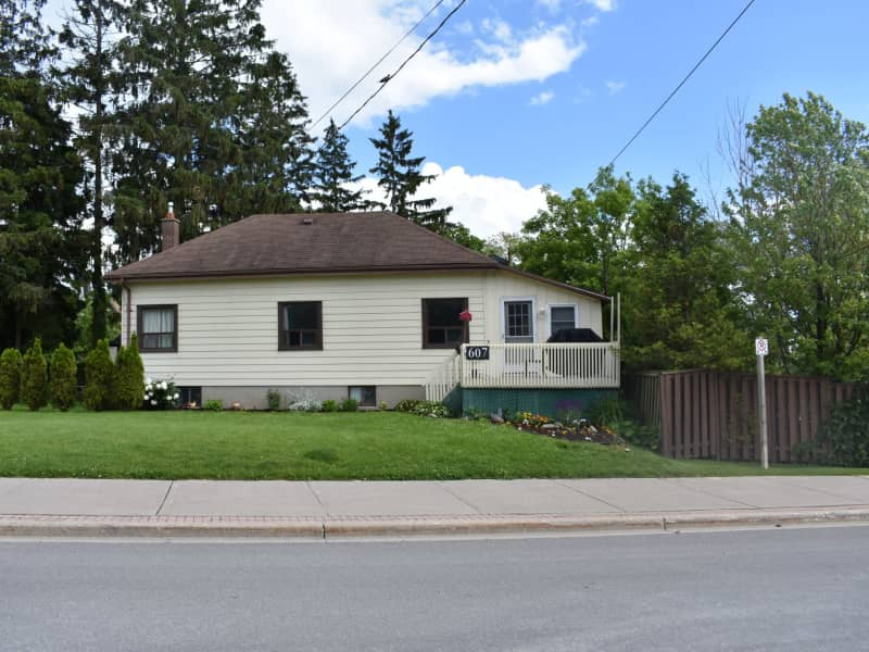 Housesitting assignment in Pickering, Ontario, Canada