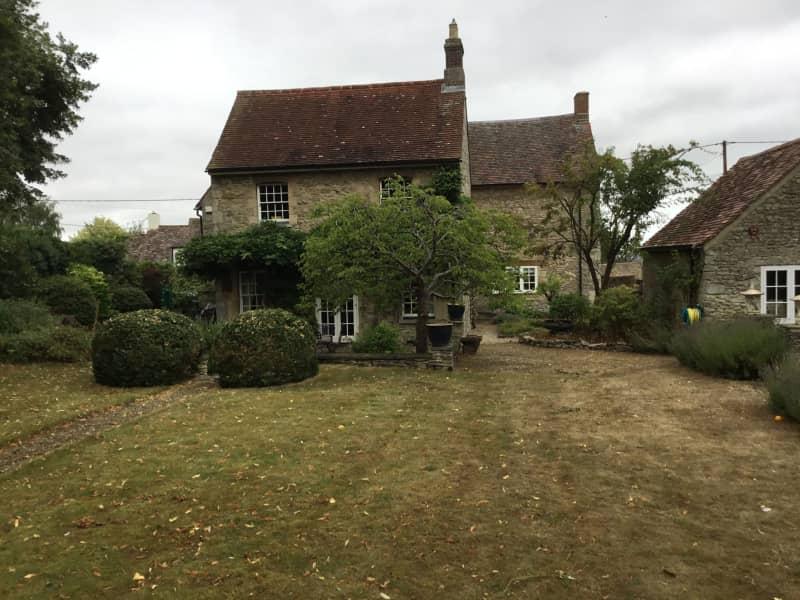 Housesitting assignment in Little Milton, United Kingdom