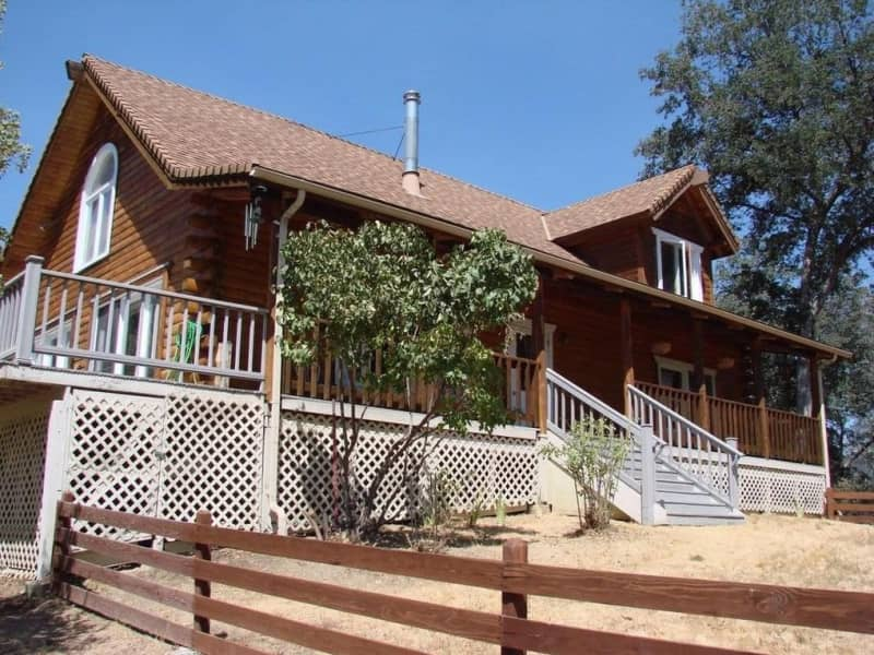 Housesitting assignment in Oakhurst, California, United States