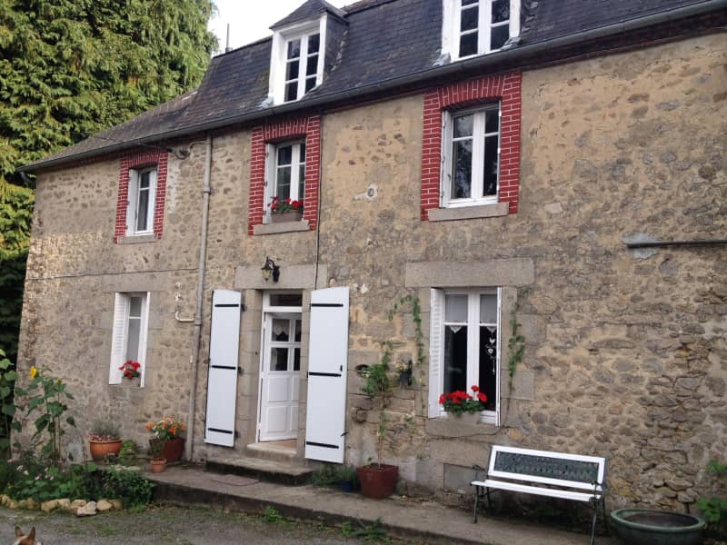 Housesitting assignment in Arrènes, France