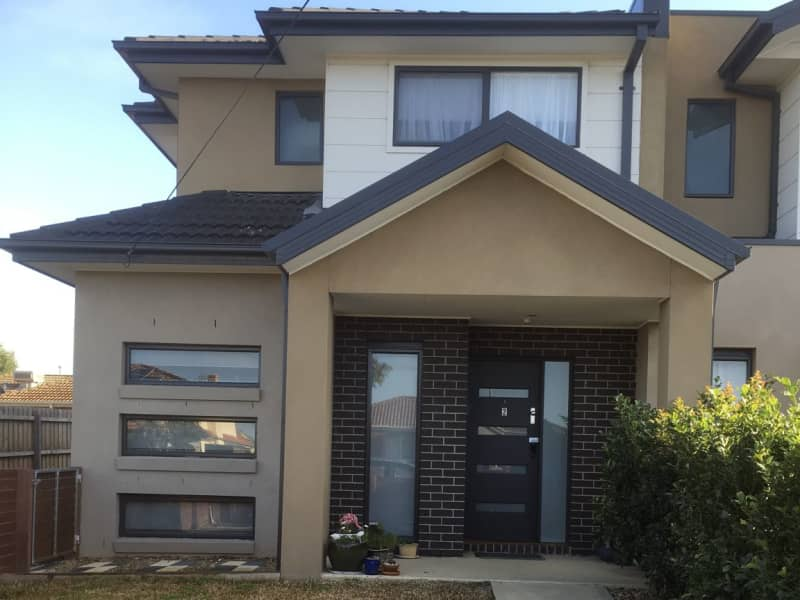Housesitting assignment in Glenroy, Victoria, Australia