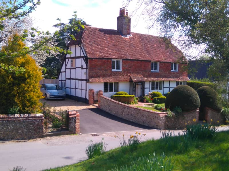 Housesitting assignment in Odiham, United Kingdom