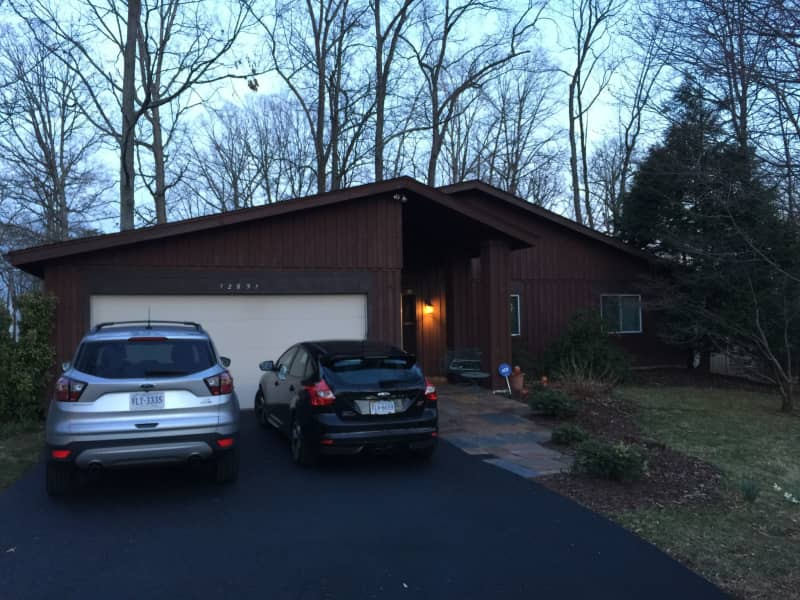 Housesitting assignment in Herndon, Virginia, United States
