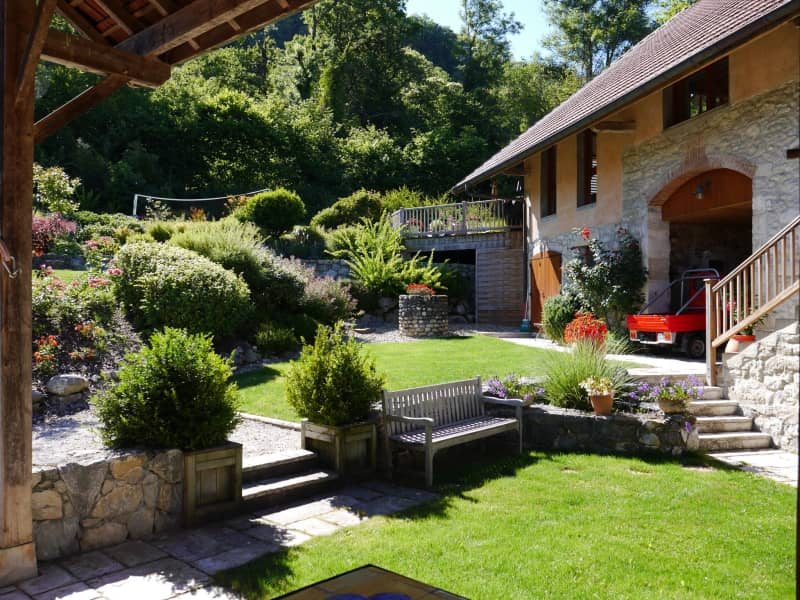 Housesitting assignment in Annecy, France