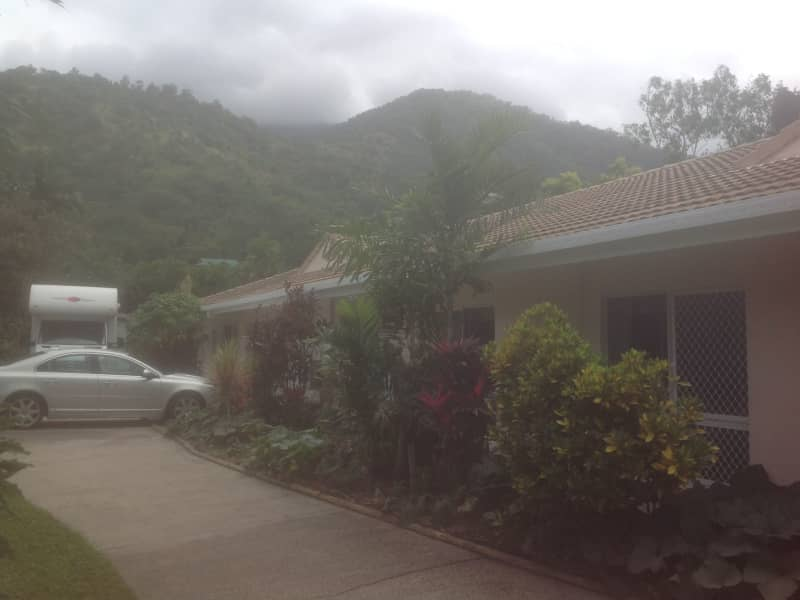 Housesitting assignment in Redlynch, Queensland, Australia